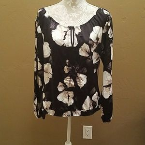 Beautiful silky floral top